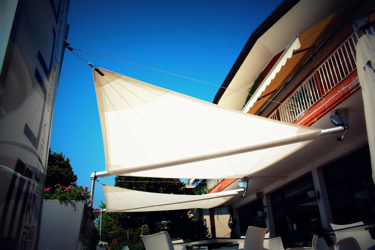 Tenda A Vela Avvolgibile : Tende design tendevela by maanta